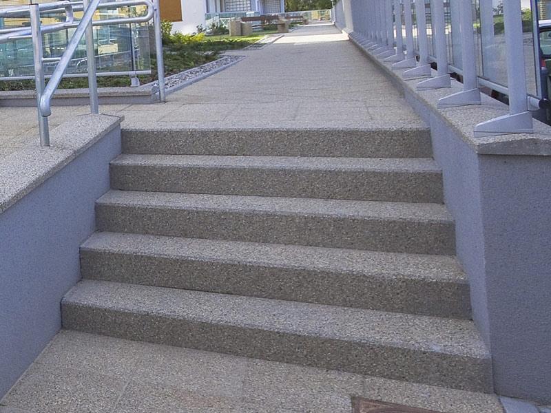 okładziny stopni schodowych