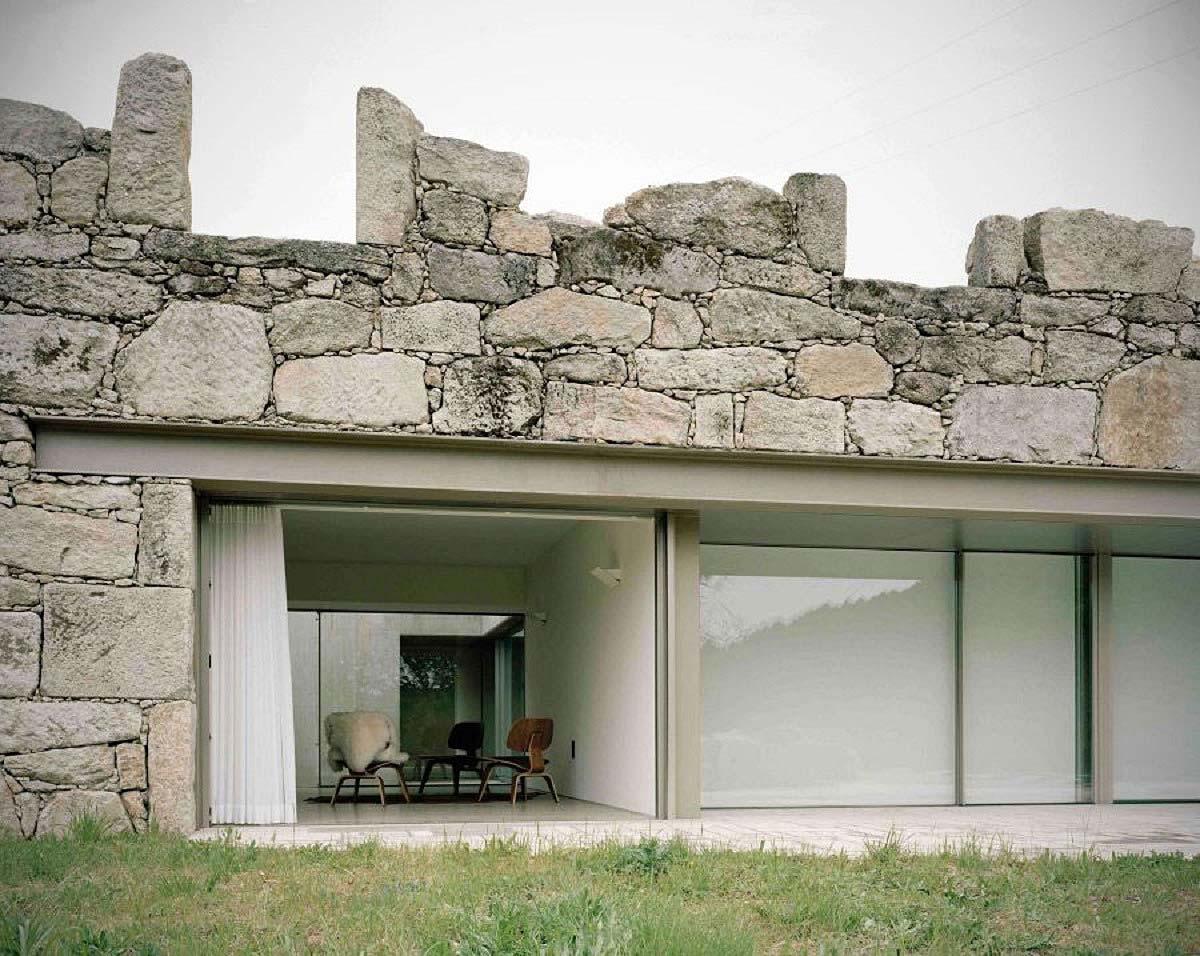 kamienny dom