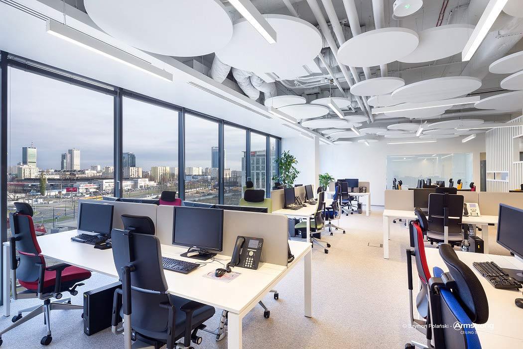 Industrialne wnętrza – jak pogodzić design z komfortem użytkowników?