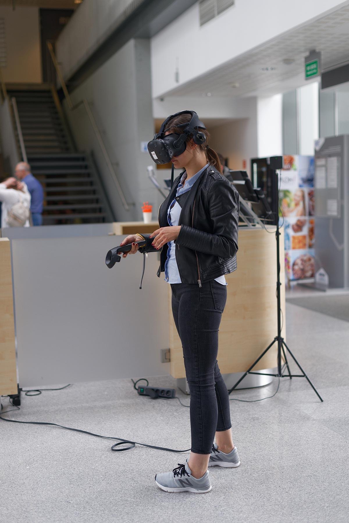 VR wirtualna rzeczywistość