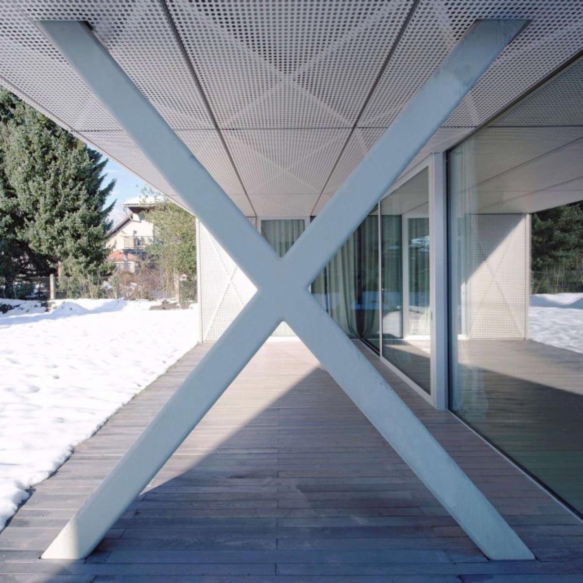 Ofis Villa Criss Cross