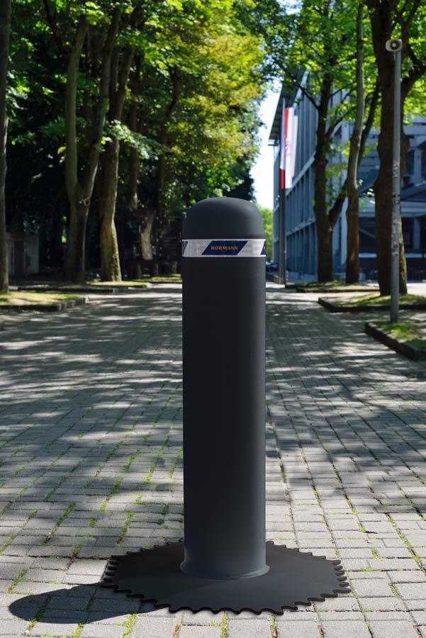 Hörmann rozszerza ofertę systemów kontroli wjazdu - przenośna zapora drogowa OktaBlock
