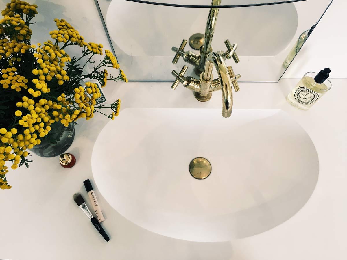 Umywalki z powłoką antybakteryjną od Luxum®