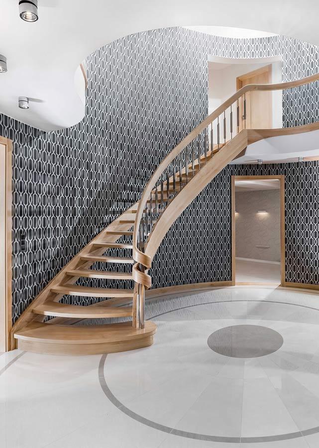 Policzkowe schody samonośne dlaczego warto wybrać właśnie je?